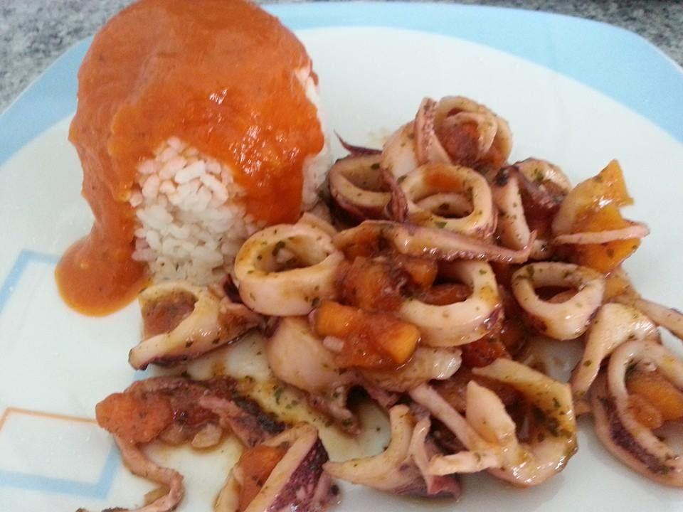 #Calamares con #salsa de #papaya y #arroz mmmmmn Sacado de nuestro nuevo #libro Combina y Adelgaza a la venta en tú reunión @entulínea #adelgazar #ComiendodeTodo con #salud y #feliz