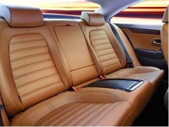 si ges de voiture en cuir couleur camel r nov s avec la cr me cire pour cuir r f 200cc l. Black Bedroom Furniture Sets. Home Design Ideas