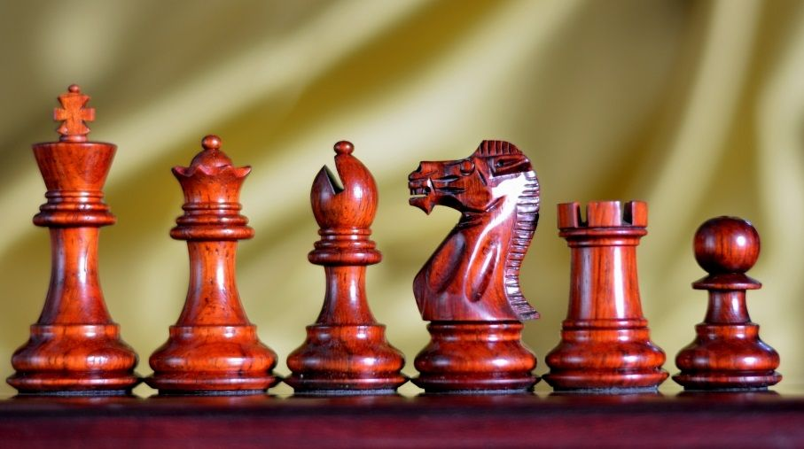 Wooden Weighted Staunton Chess Set Bud Rose Wood & Box Wood. http://www.chessbazaar.com/chess-pieces/wooden-chess-pieces/wooden-weighted-staunton-chess-set-bud-rose-wood-box-wood.html