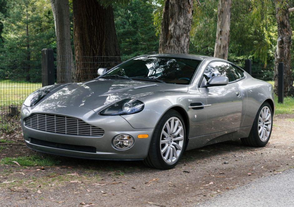 25k Mile 2003 Aston Martin Vanquish Voitures De Luxe Voitures Aston Martin Voiture