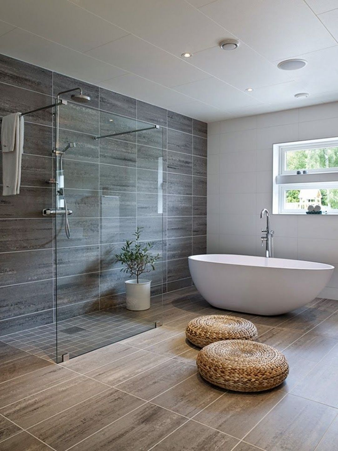 30 Amazing Small Bathroom Wall Tile Ideas To Inspire You ... on Amazing Small Bathrooms  id=26751
