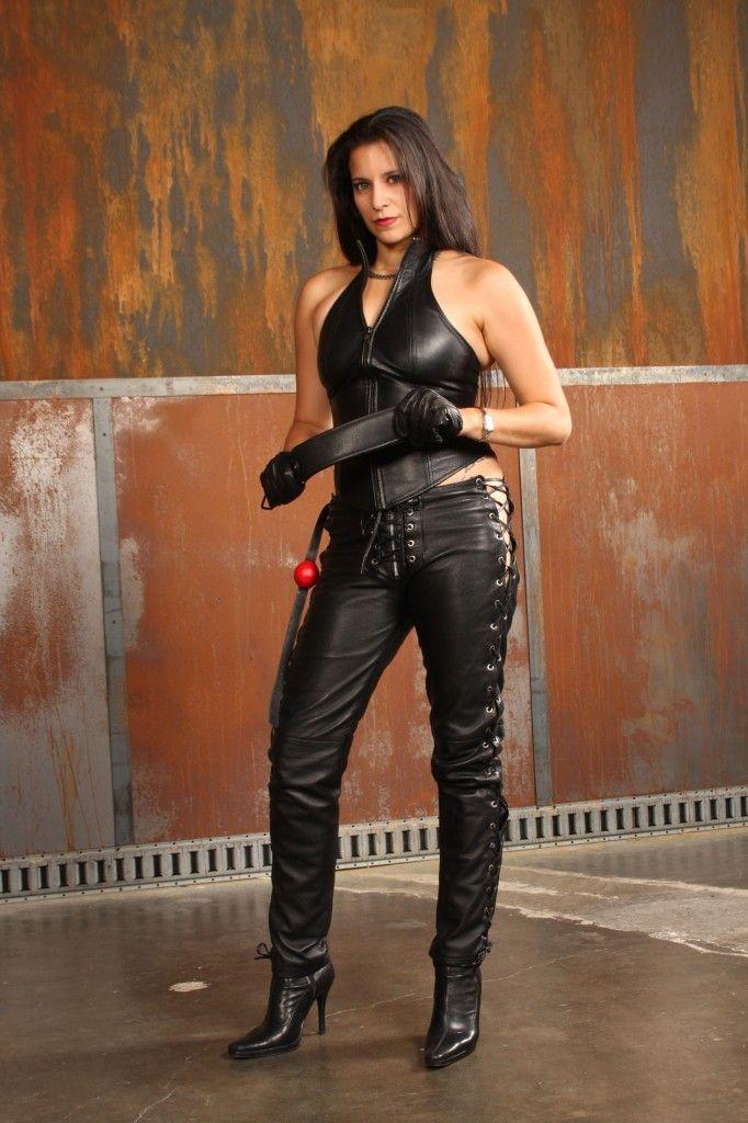 Femdom mistress in leather - HQ Photo Porno