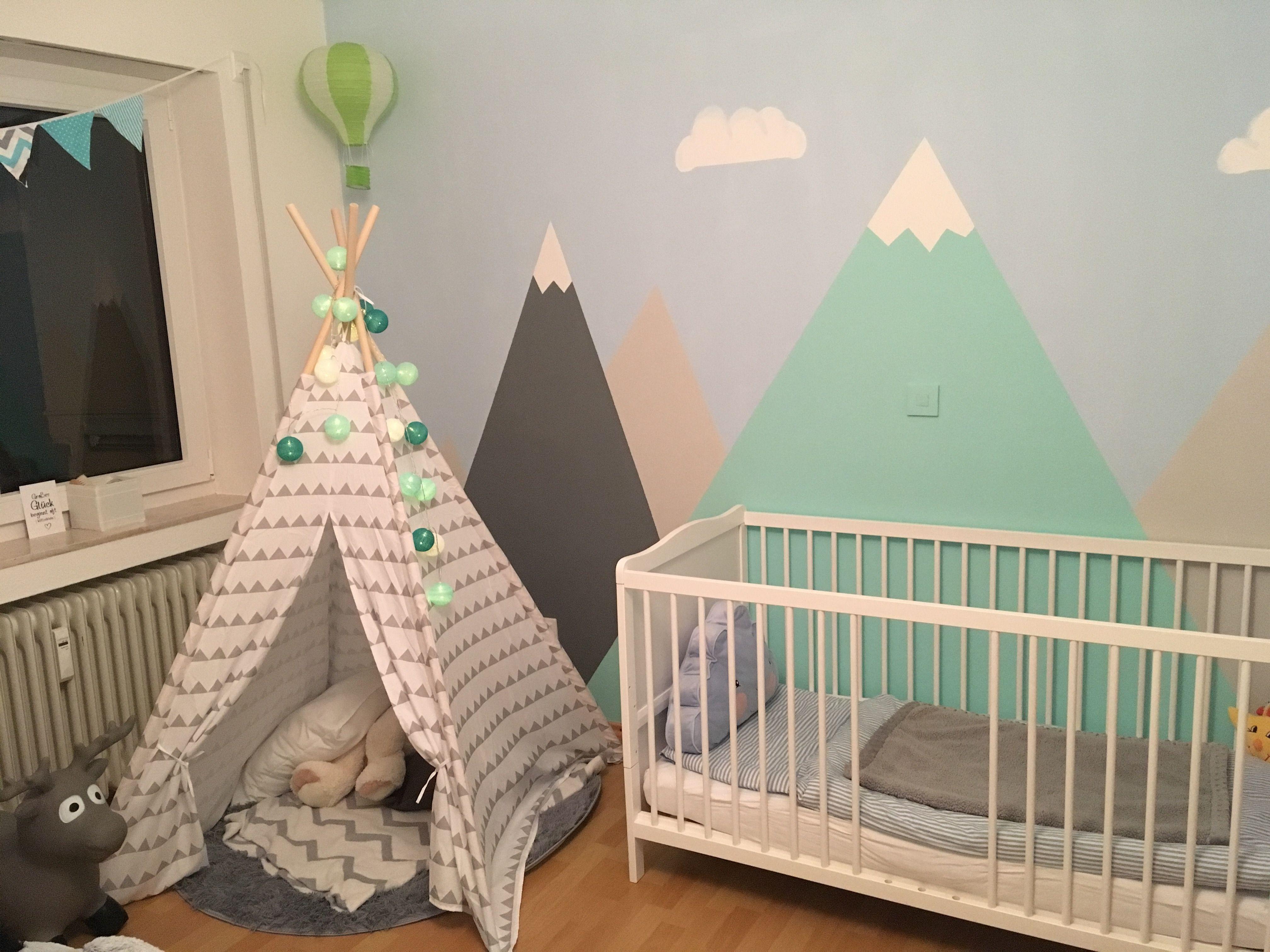 Kinderzimmer Junge Berge Mountains Heißluftballon Tipi