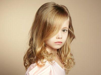 frisur m dchen kleinkind google suche hairstyle. Black Bedroom Furniture Sets. Home Design Ideas