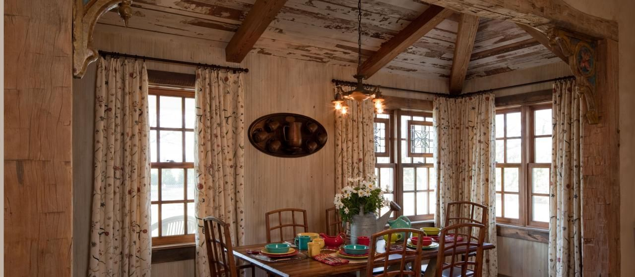 Wall Accents Powder Bath Hall Way Dining Room Etc. Rustic Interior Wall  Idea. Gorgeous Interior Design With Old Wood Wall