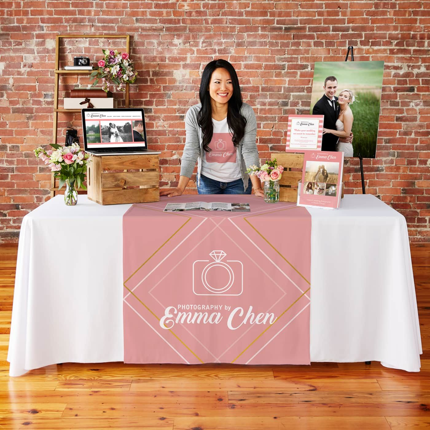 Table Runners | Craft fair booth display, Bridal show booths