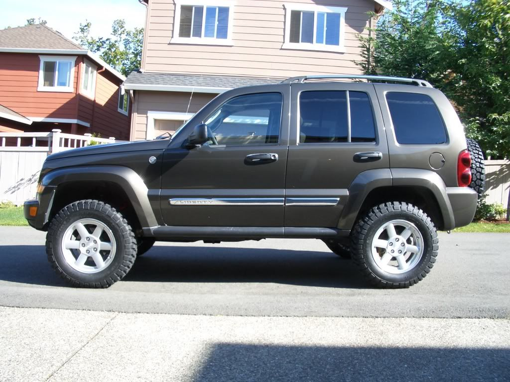 Land Rover Solon >> jeep liberty rough country lift kit | OFFICIAL LIFT KIT THREAD | Jeep liberty, Jeep, Jeep ...