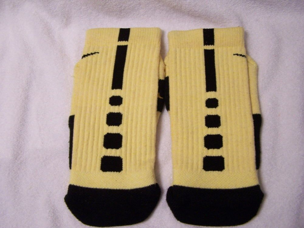 59d5c3ec31d Custom Nike Elite Basketball Socks Yellow with Black Stripe Size Medium 6-8  Gold  NikeElite  BasketballElite