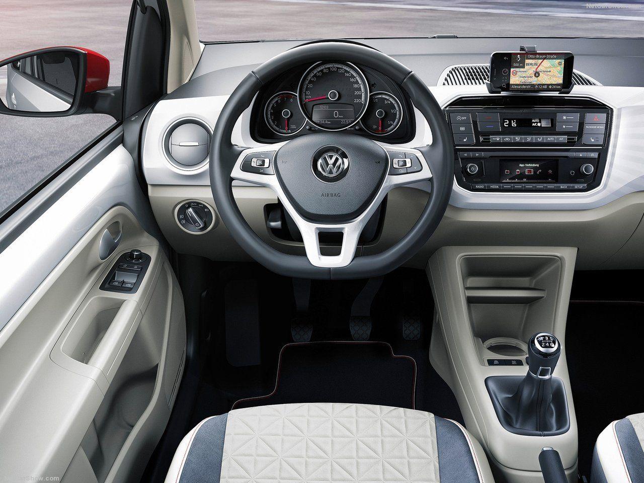 Volkswagen up! 2016 - poste de conduite
