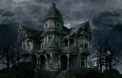 Zucca intagliata testa immagine volto spaventoso halloween candela