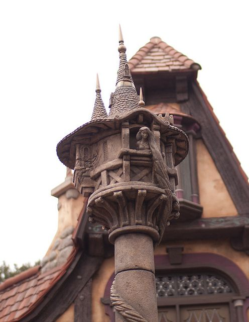 Disneyland - Fantasy Faire Rapunzel's Tower I was having a heart  attack when I saw this I stopped in the middle of the walkway to take a picture