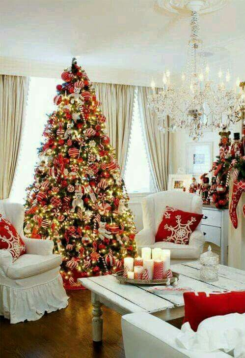 Beautiful Christmas Tree Bebe Love The Red And Gold Decorations White Christmas Decor Christmas
