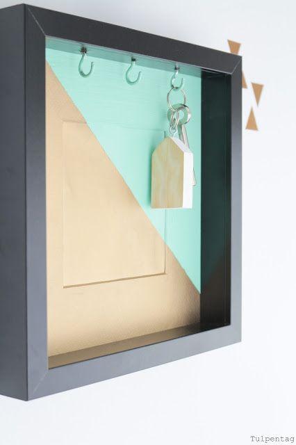 diy schl sselbrett aus einem bilderrahmen diy deko pinterest schl sselbretter. Black Bedroom Furniture Sets. Home Design Ideas