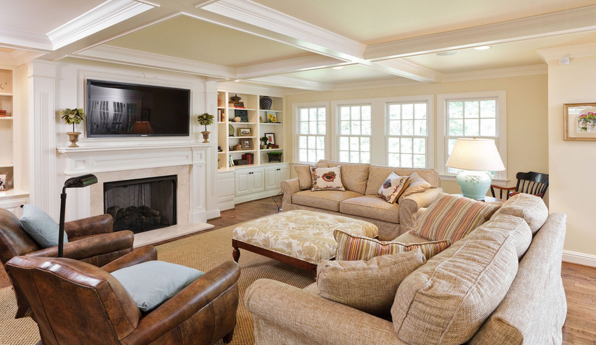 Living Archives Flicaso Traditional Family Rooms Family Room Design Small Family Room