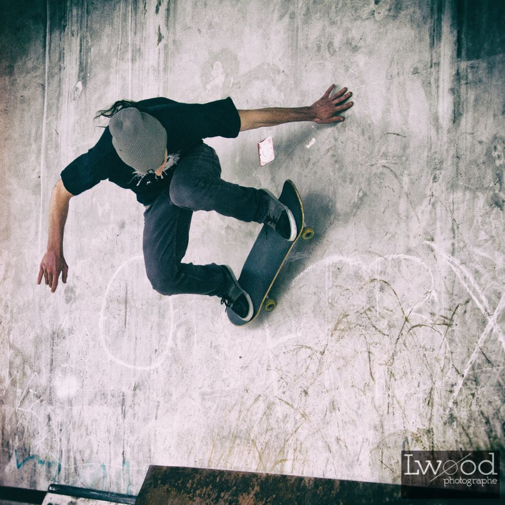Sk8 #sk8 #skate #sport (© Lwood / Captured with Canon Eos)
