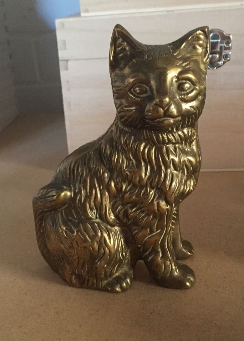 A Small Job Lot Of Vintage Brass Items Cat Tortoise