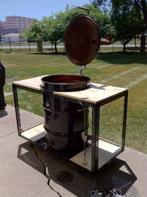 great uds stand lots of prep area bbq pinterest drum smoker ugly drum smoker and drums. Black Bedroom Furniture Sets. Home Design Ideas
