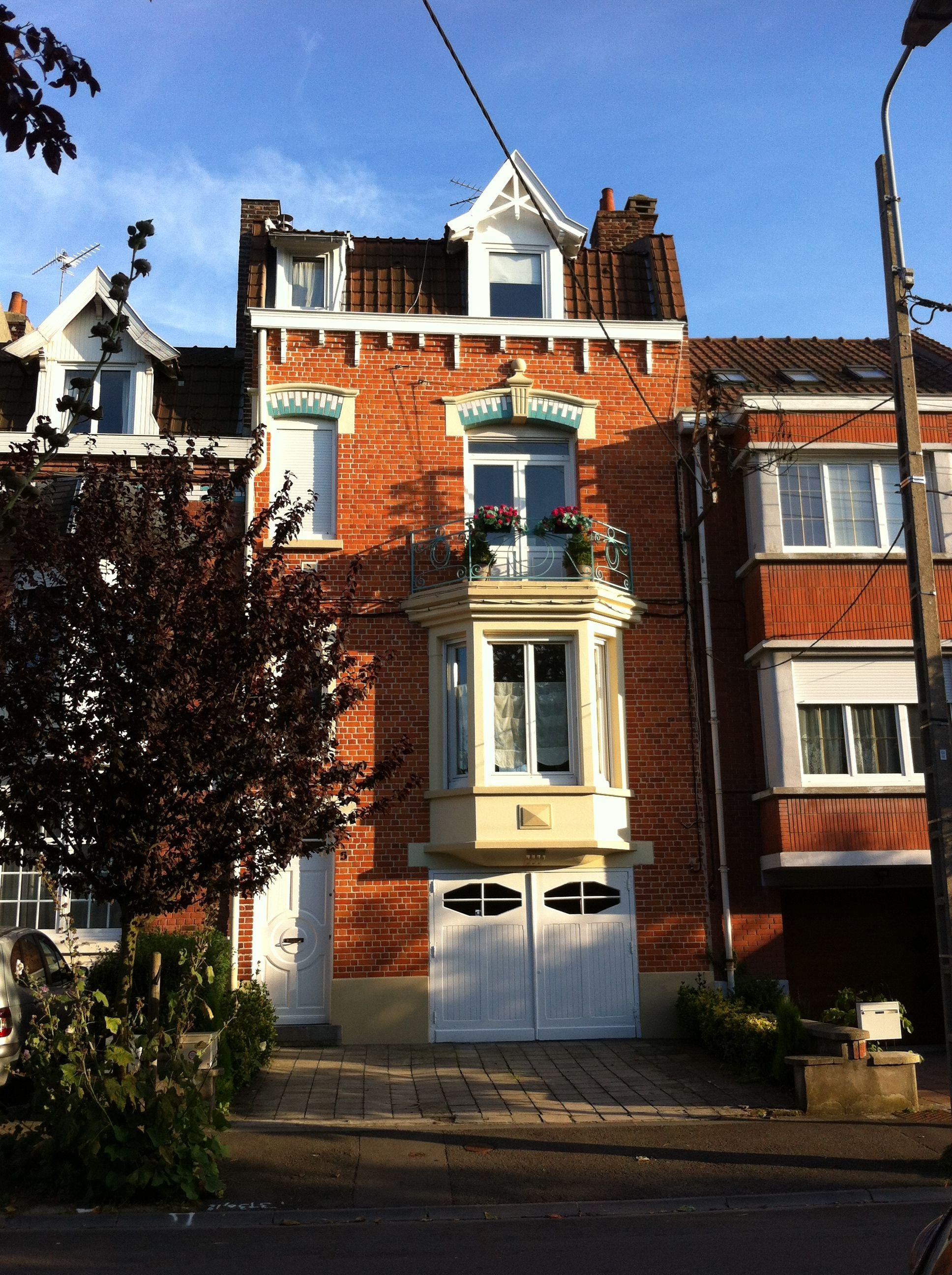 Jolie maison de brique - Lille FR | Idées pour la maison | Pinterest