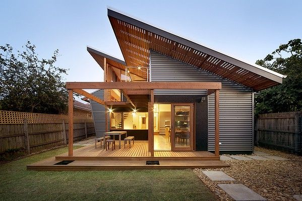 Bungalow Goes From Dingy To Darling House Exterior Roof Design