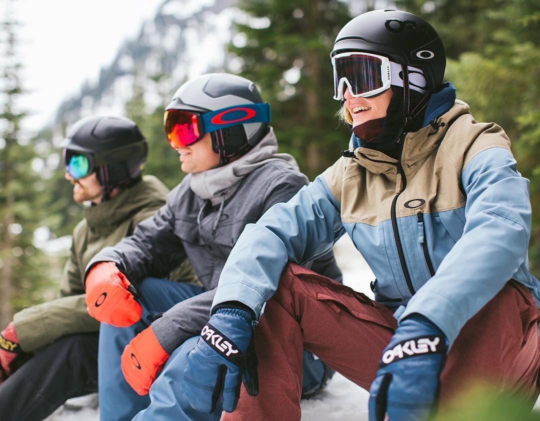 Shop  oakley helmets ec904ee019