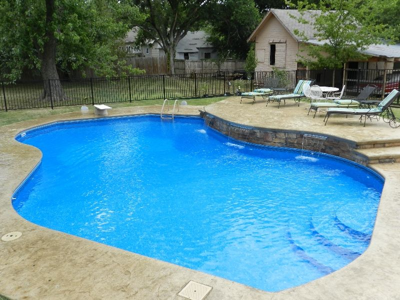 Burton Pools And Spas Inground Pool Landscaping Pool Landscaping Swimming Pools Inground