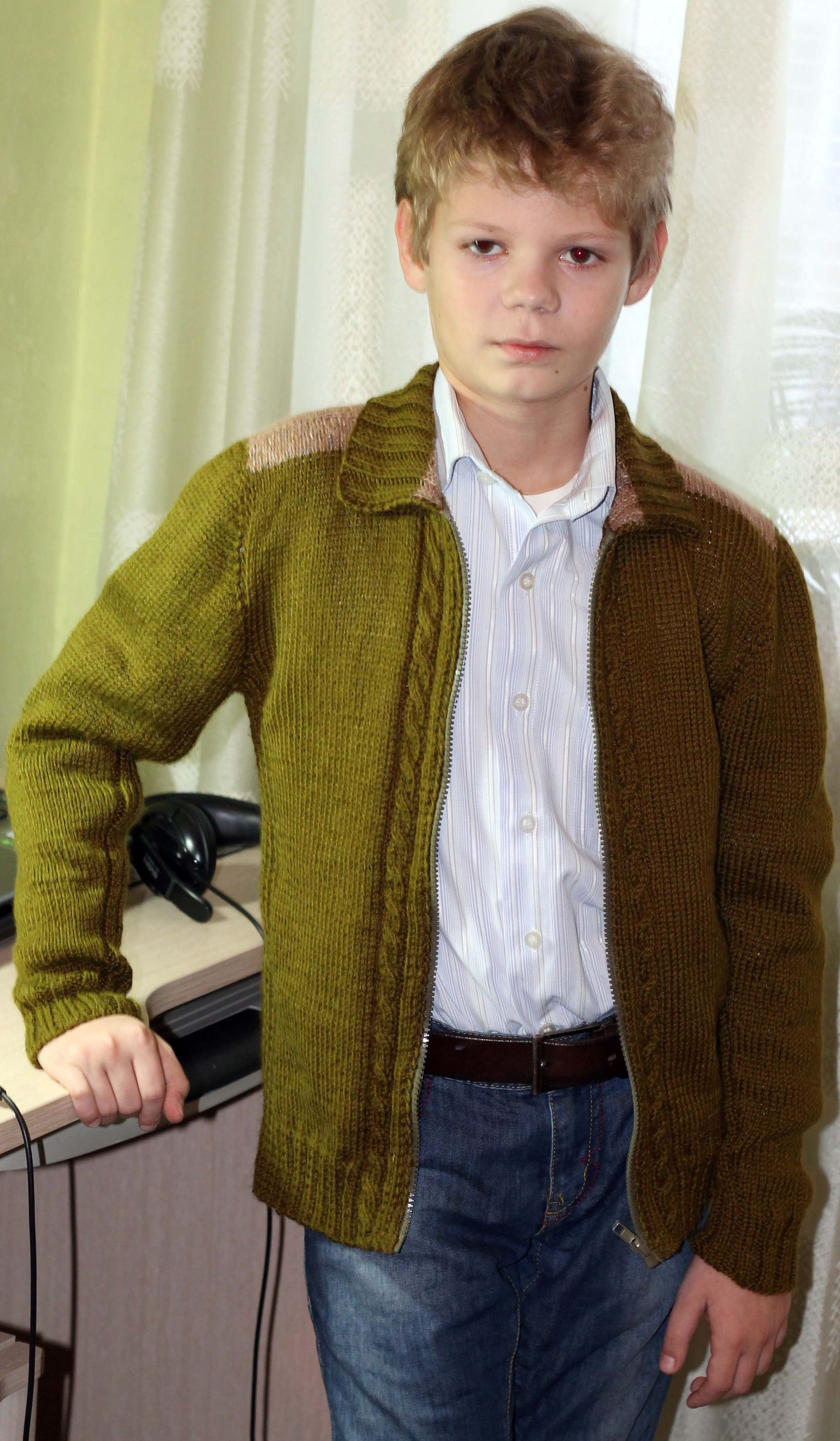 Hand knit sweater / Wool cardigan / Wool clothing / Sweater coat / Hand knit Wool jacket