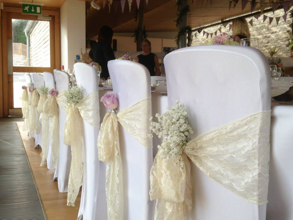 Showing White Chair Cover With Ivory Sash