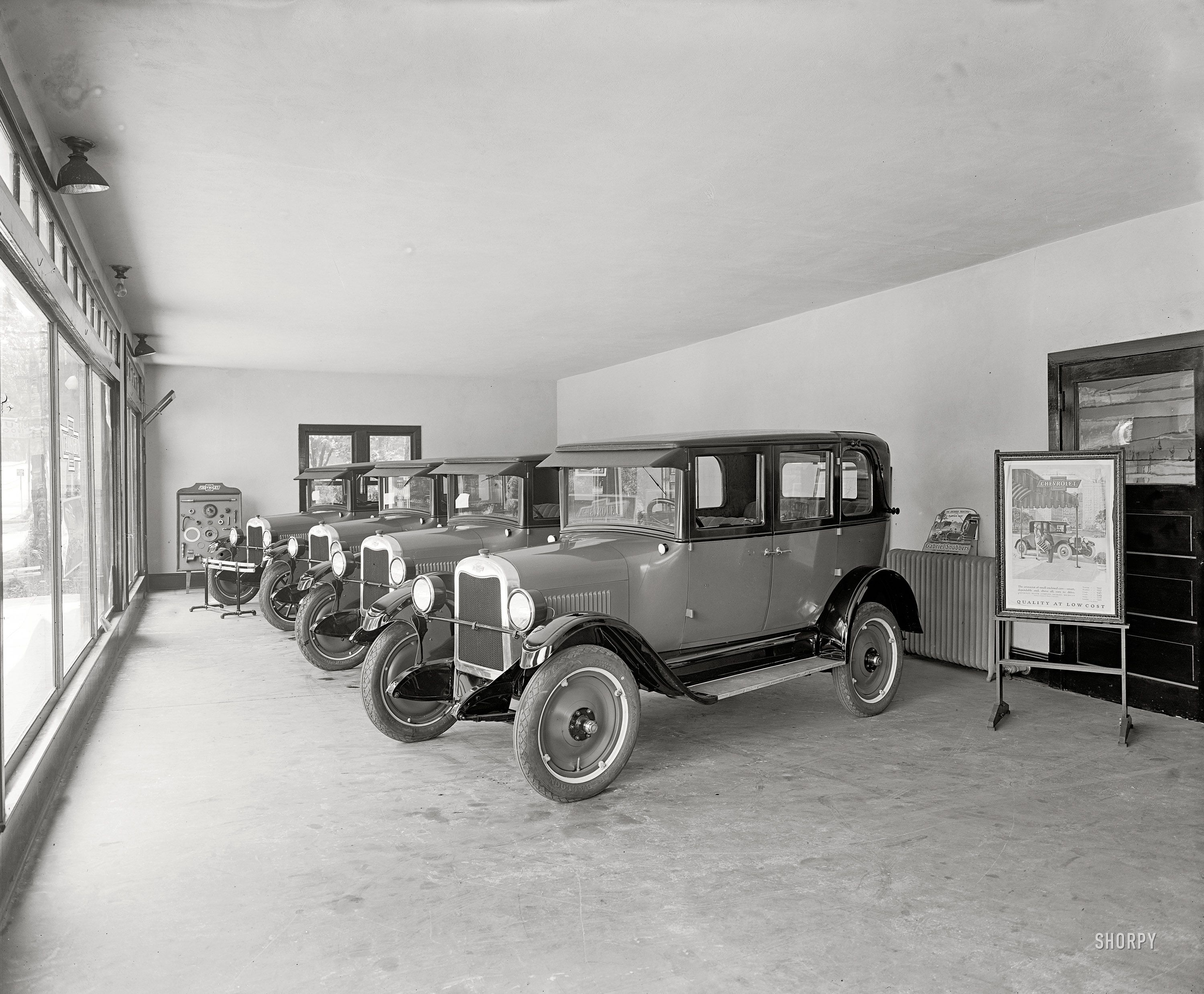 rockville maryland circa 1926 montgomery county motor co headquarters for quality at low. Black Bedroom Furniture Sets. Home Design Ideas