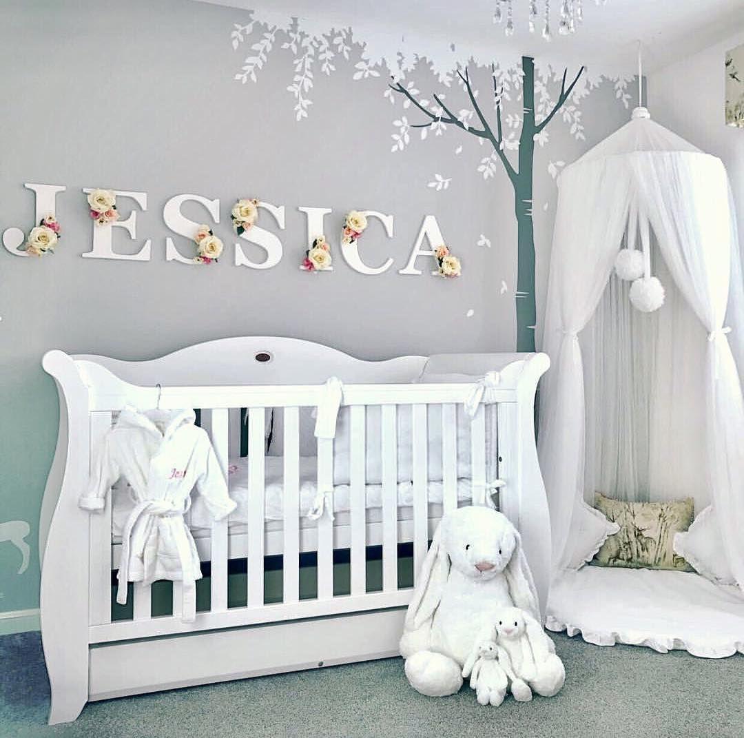 Plein d'idées pour décorer la chambre de votre bébé ! @my_fantasyroom les plus belles images pour la déco de chambre bebe fille ou garçon. #deco #chambrebebe #chambreenfant #decoration #déco