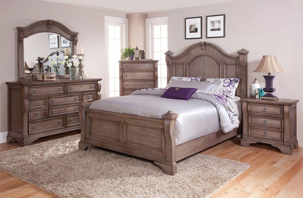 Heirloom Poster Bedroom Set in Weathered Gray American