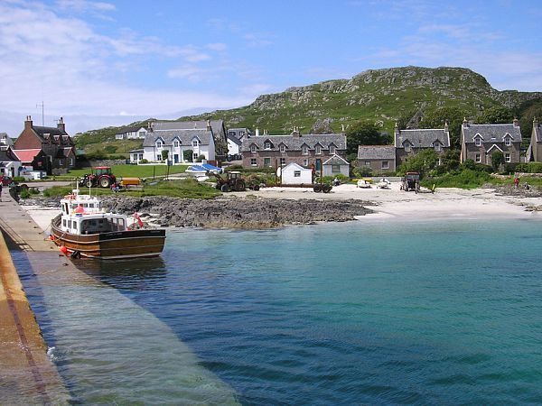 Isle of Iona, Scotland: beautiful, elegant, simple- one of my favorite places ever