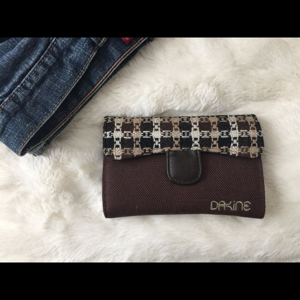 Dakine Brown Wallet