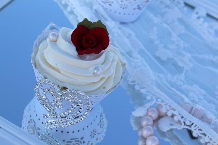 Romantic Beach Wedding Cupcakes