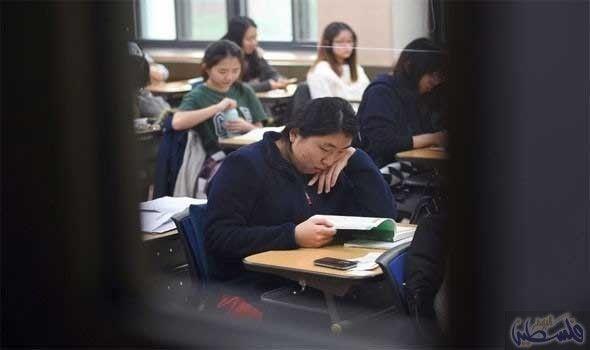 كوريا الجنوبية تتراجع عن قرار فرض منهج تاريخ جديد Scandal Textbook History Textbook