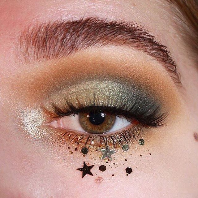 b7c49f652b8 STARRY EYED ✨ @allysonnkolb is wearing Ardell Faux Mink 810 lashes to  create this look. Shop @ardell_lashes at a pro-discount rate at The Makeup  Show #NYC, ...