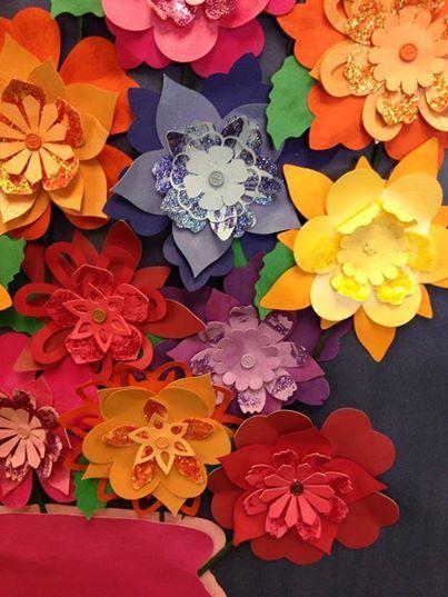 Cricut Paper Flowers Erica S Room S Cricut Paper Flowers Craft