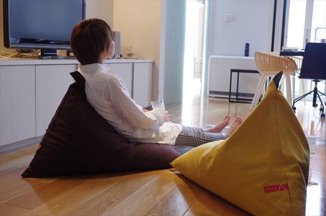 床派 におすすめ 腰を支えるクッション座椅子 Buyer S Select 朝日新聞デジタル Bazaar 座椅子 クッションカバー おしゃれ Diy 家具