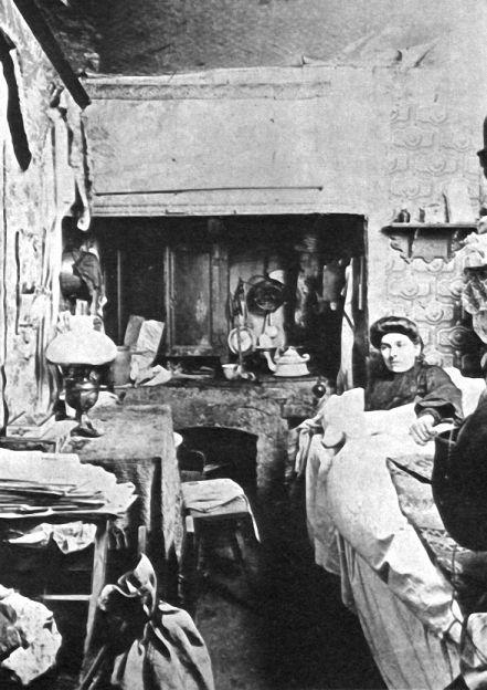 Berlin, Wohnungselend.in einer Kellerwohnung, 1921.