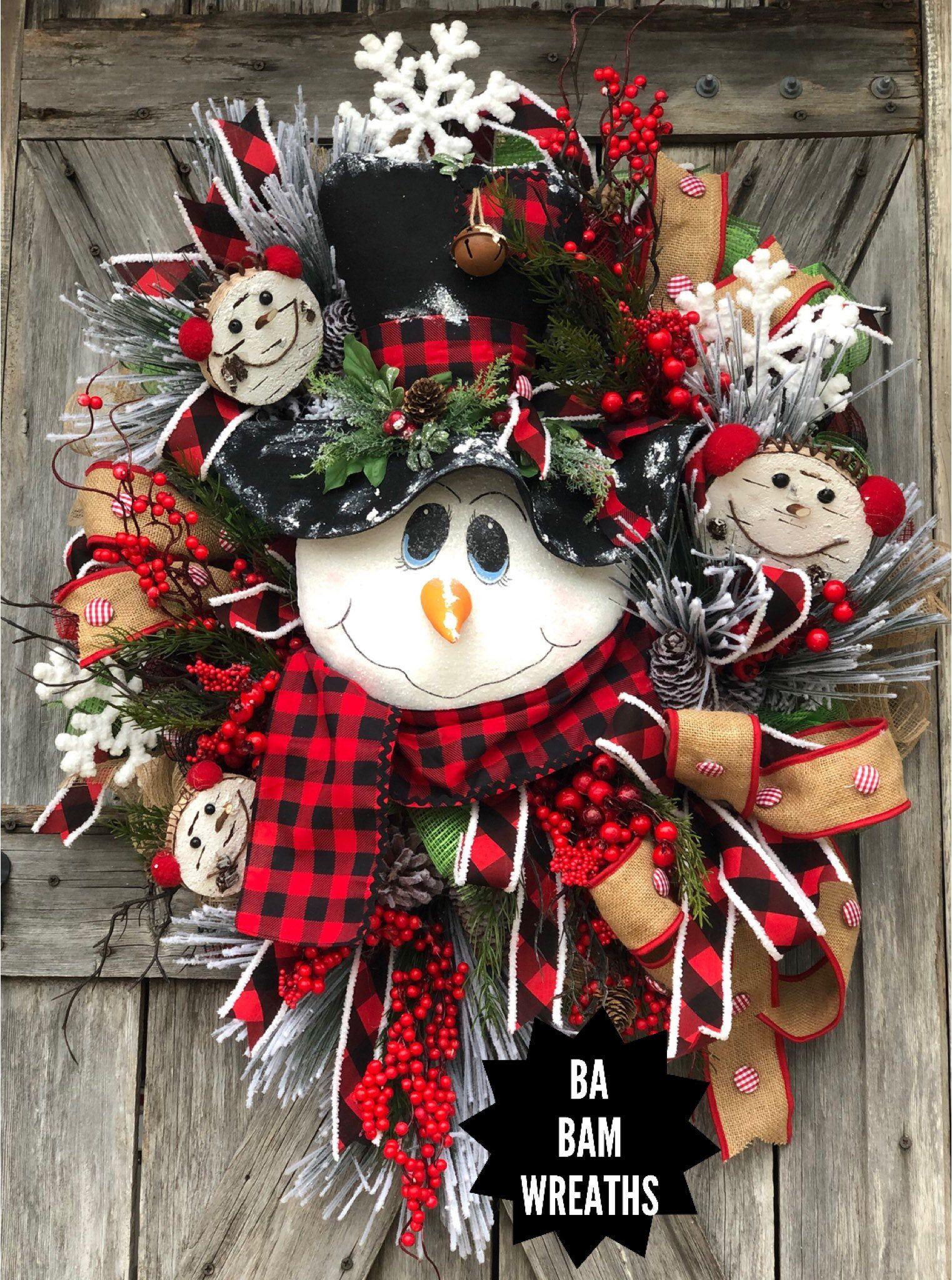 Snowman Wreath Buffalo Plaid Traditional Christmas Red White Christmas Decor Classic Christmas Christmas Wreath Christmas Decorations Christmas Wreaths White Christmas Decor