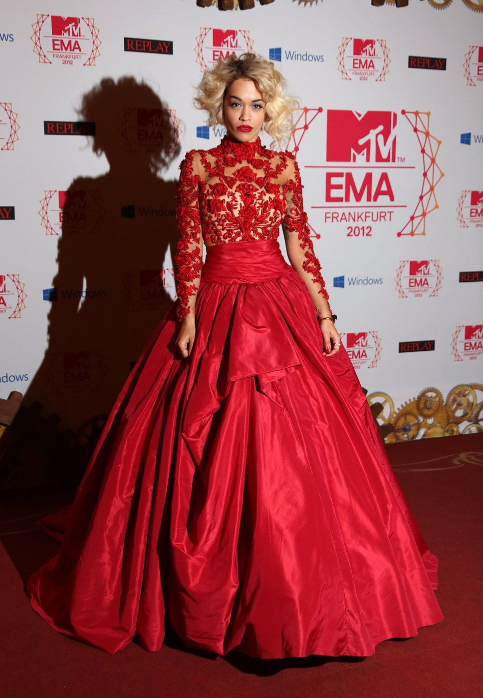 Rita Ora wearing red Marchesa dress by Georgina Chapman and Keren ...