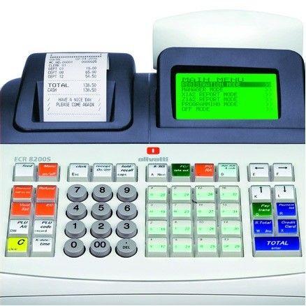 La Olivetti ECR 8200 es una caja registradora profesional con conexión a PC y lector de códigos de barras dirigida tanto a comercios como a hostelería gracias a sus funciones específicas avanzadas.Admite logo en el encabezado del ticket  Display grafico 8 lineas para operador:  Fácil Programacion guiada por menus  Seguimiento de transacciones en pantalla Impresora térmica alfanumérica profesional de 10 lin/seg Factura simplificada nominativa (datos comprador) Diario electrónico de 12.000…