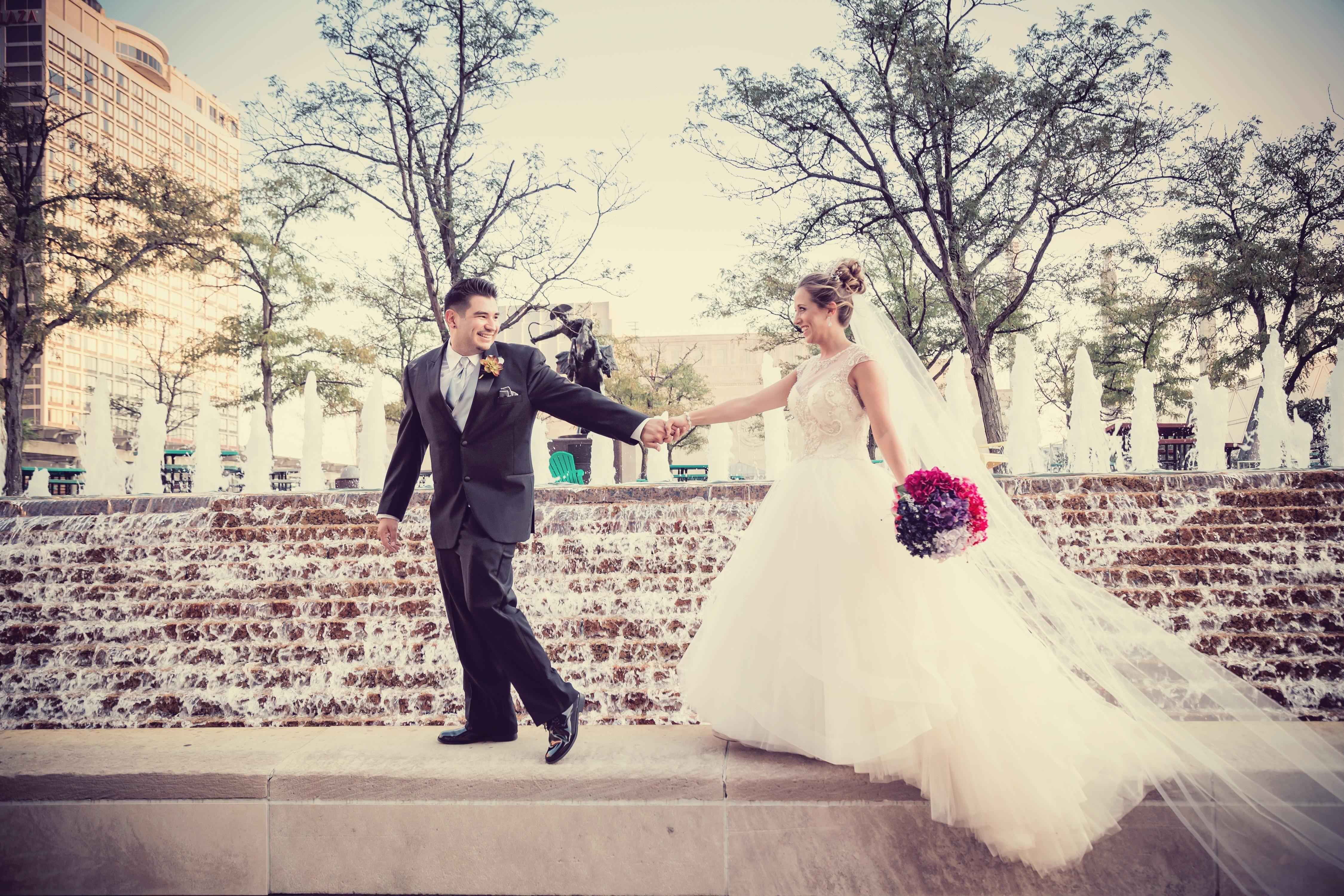 Considering A Micro Wedding In Omaha Nebraska In 2020 Wedding Wedding Shots Traditional Wedding