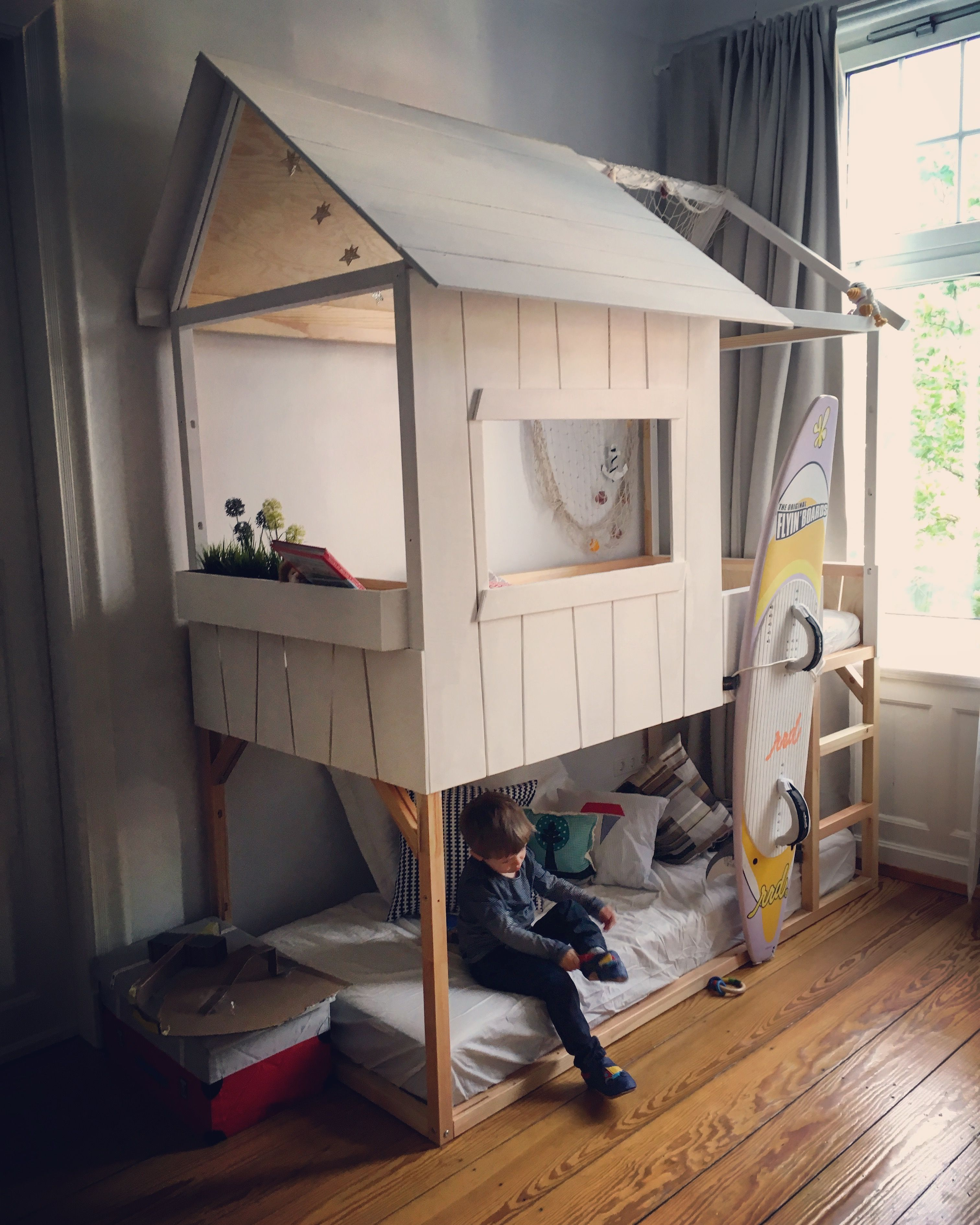 Hochbett Rutsche Ikea Ikea Double Kura Hack Two Kura Beds Made To One Playhouse