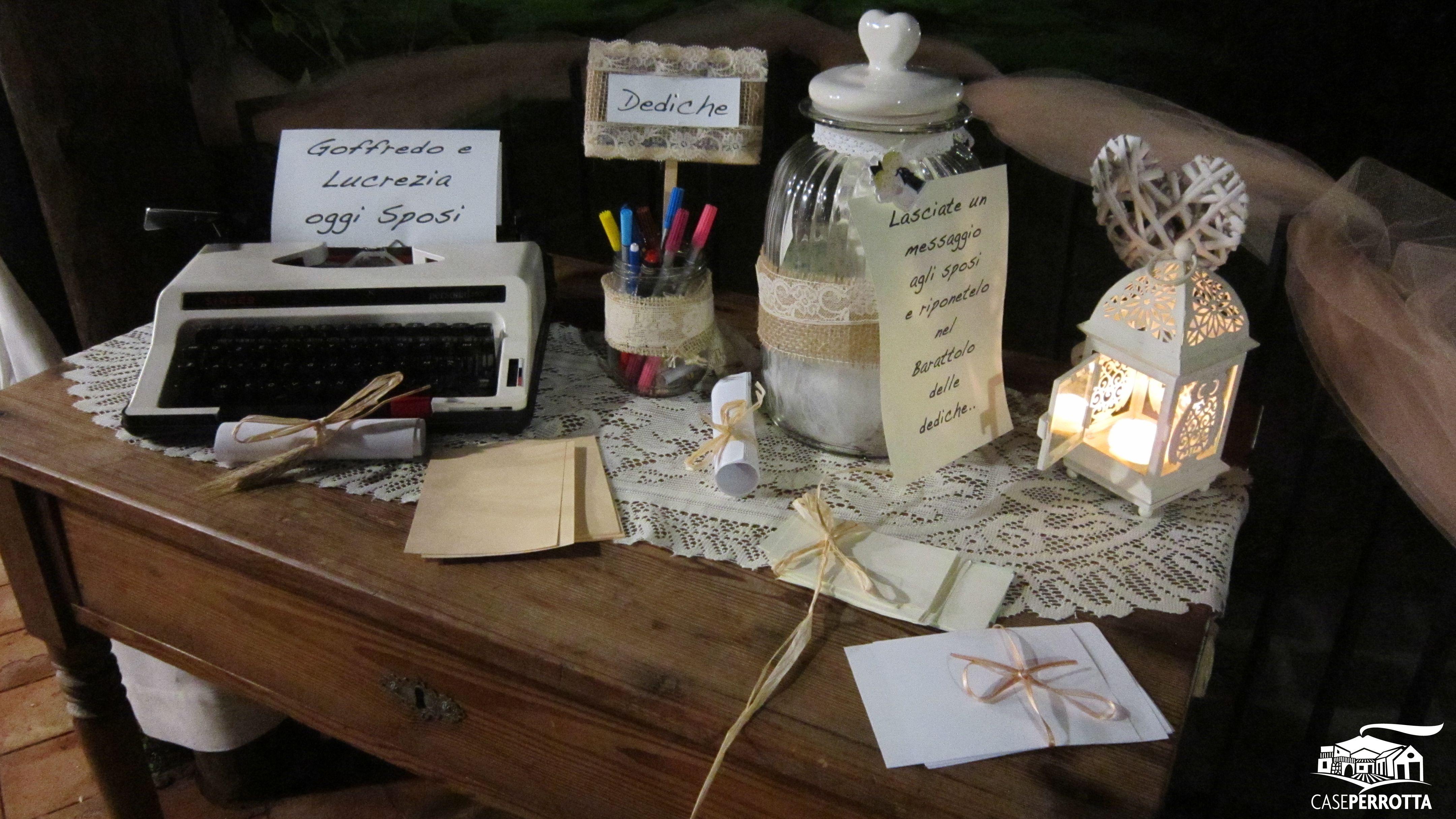 Shabby Chic Matrimonio Tavoli : Tavolo delle dediche per gli sposi per nozze in stile shabby chic