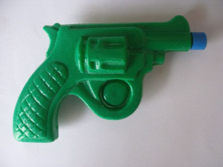 Pistola de Agua Gran Metralleta | agua | Pinterest | Pistola, Agua y ...