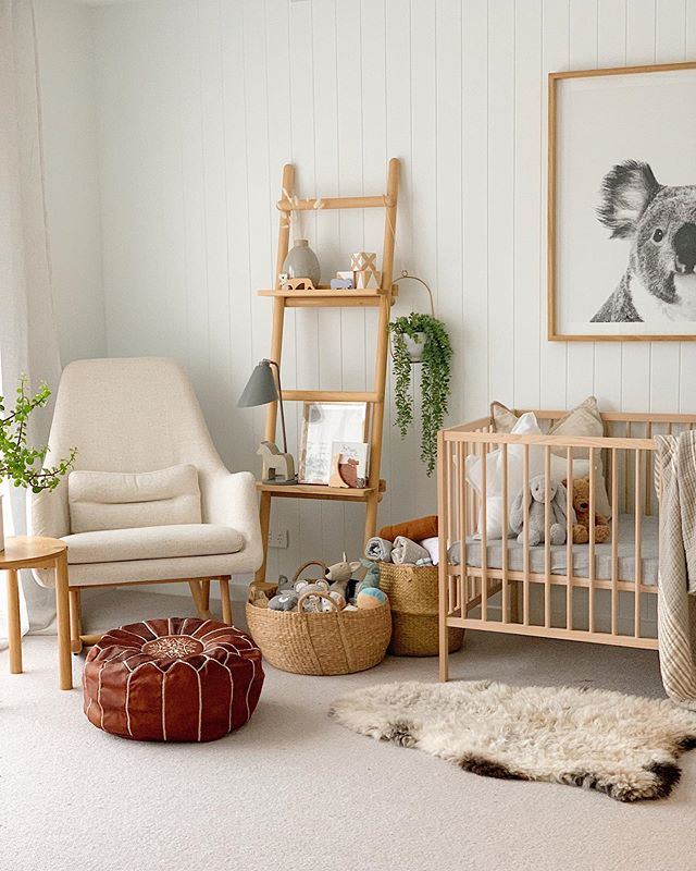 """sophie scarlett on Instagram: """"Saying goodbye to @scarlettandcointeriorstyling for 7 months & hello to my new job. Can't wait to meet the tenant #maternityleave #36weeks…"""""""