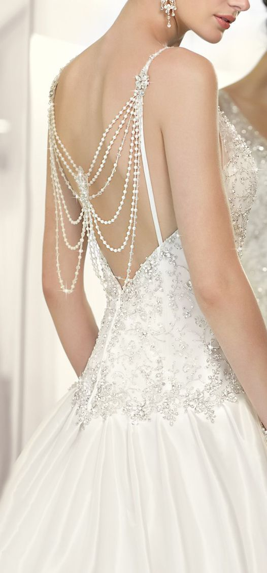 Exquisite Waterfall Pearl Back Wedding Dress L O V E