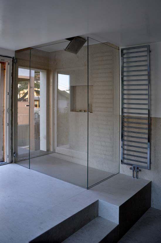 box #doccia su misura in vetro extrachiaro, completo di metalli in acciaio inox #vavassoriebrignoli architetture in vetro http://on.fb.me/M9EZzg