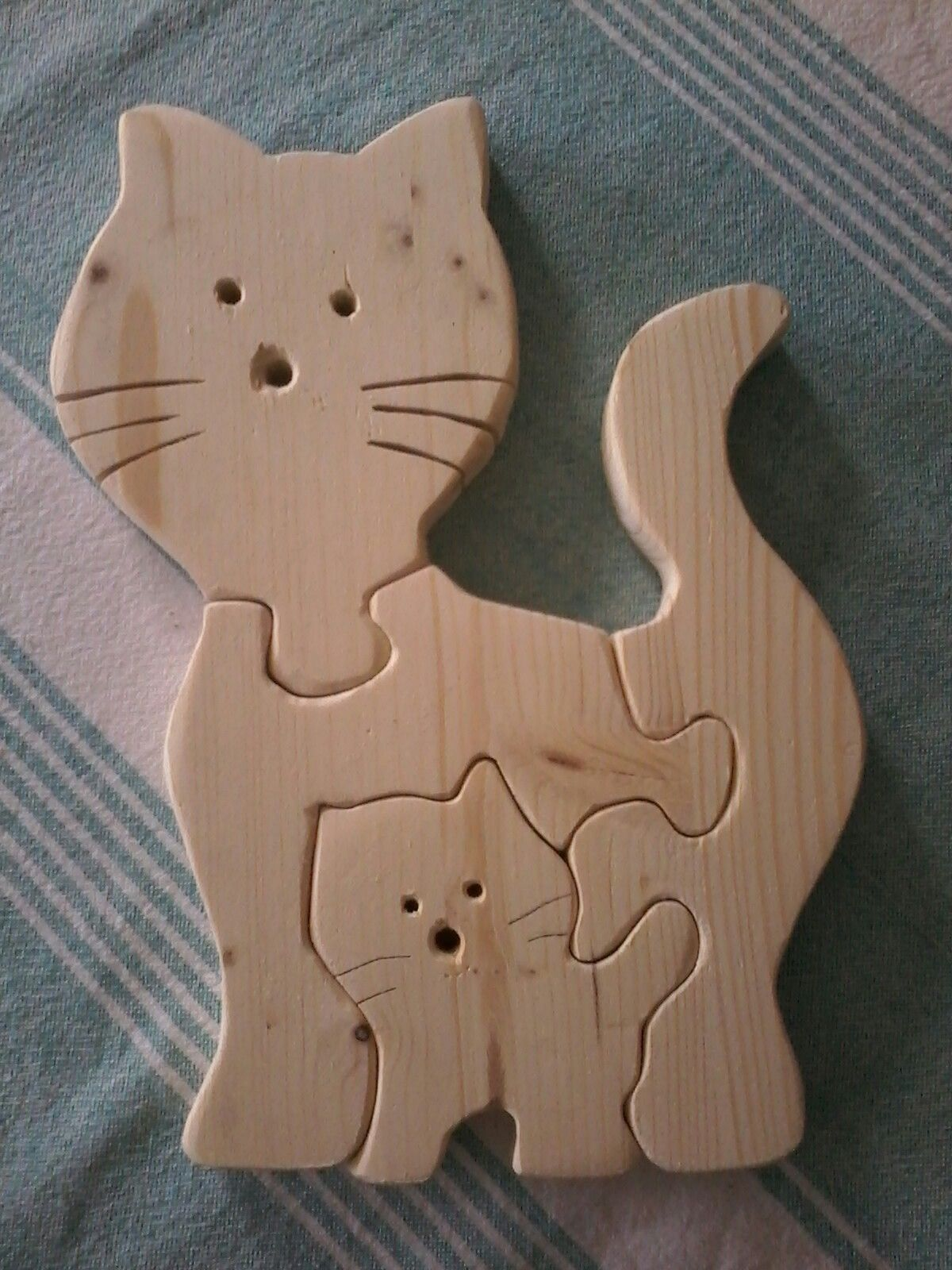 Katzenpuzzle Fur 2 Jahrige Zum Geburtstag Holz Dekupiersage Holz Ideen Basteln