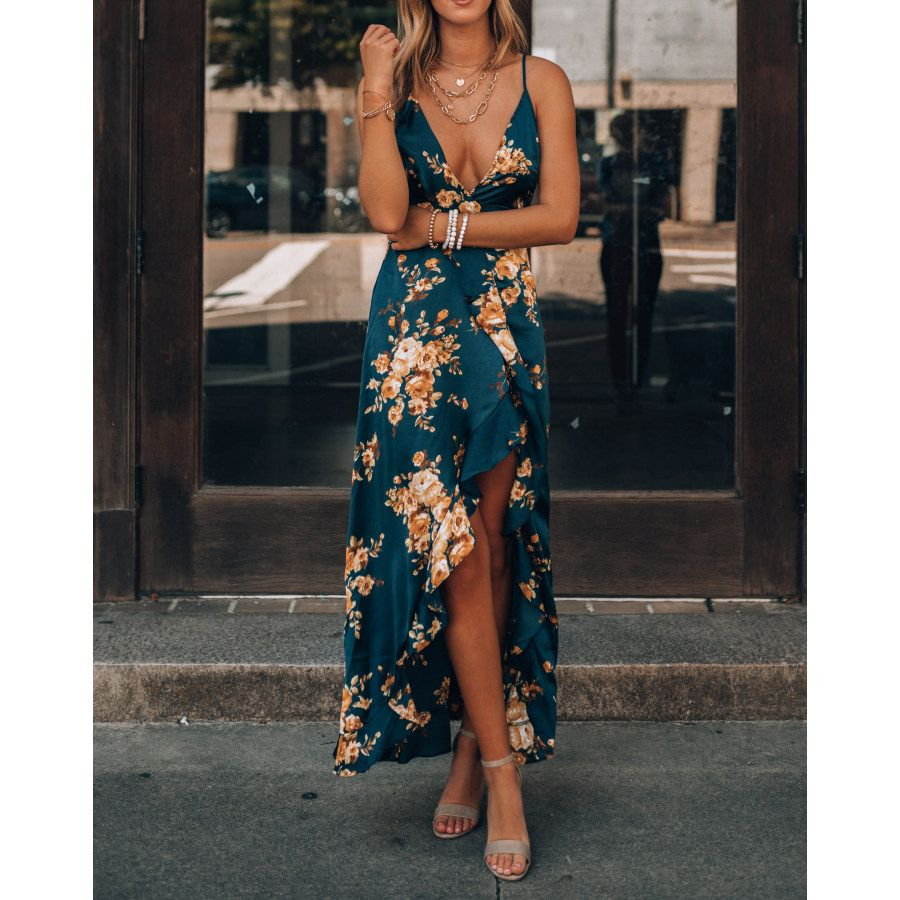 Axe Floral Print Dress Ootdmw Com In 2021 Floral Print Maxi Dress Floral Print Dress Dresses To Wear To A Wedding [ 900 x 900 Pixel ]